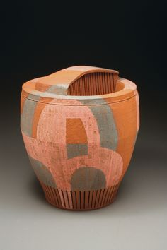 Matt Repsher's vessel, featured in the October 2013 issue of Ceramics Monthly.