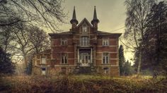 Wonderful photographs of abandoned locations by Andre Govia, a London based photographer