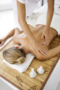 Love an amazing massage? Free facials and day spa treatments with every massage. Same day, 7 days, call now Relax, Asthma Symptoms, Getting A Massage, Thai Massage, Deep Tissue, Peeling, Spa Treatments, Massage Treatment, Reflexology