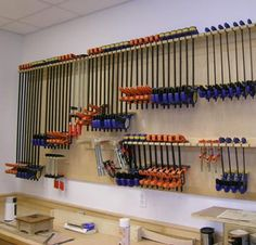 Now THIS would be awesome. Seems like I never have enough good clamps. Especially the big boys.