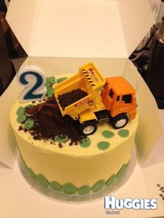 A dump truck cake by Buttercup Bakeshoppe for the truck fanatic son of mine! Dump Truck Cakes, Truck Birthday Cakes, 3 Year Old Birthday Party Boy, 2nd Birthday, New Cake, Dessert Decoration, Cakes For Boys, Pretty Cakes, Themed Cakes