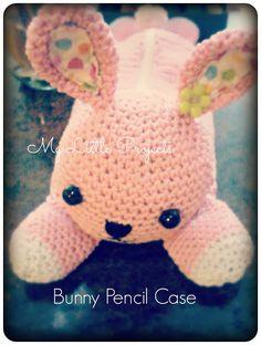 My Little Projects: {Back To School} Bunny Pencil Case. Crochet.