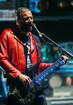 Chris Wolstenholme #MUSE