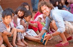 Blake Mycoskie, founder of TOMS #OneForOne teaches us to lead by example. We are mirrors for our children, show them a mirror of love, sharing and laughter. #OutdoorFamilies