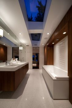 1000 ideas about mid century bathroom on pinterest for Banos ultramodernos