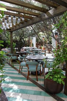 Someone called Cecconi's the most beautiful restaurant in Miami and I have to agree. Lucky for Stefan and me, the restaurant was located in our hotel, the Soho Beach House. We'll get to that later. Designer Martin Brudnizki created a gorgeous oasis underneath Silver Buttonwood trees and bell jar hanging light fixtures. The trees are also wrapped in white…
