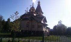 Iglesia rusa ortodosa en Padilski. Antugua base militar de submarinos nucleares sovieticos