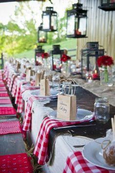 Décoration de table de mariage rouge et blanc