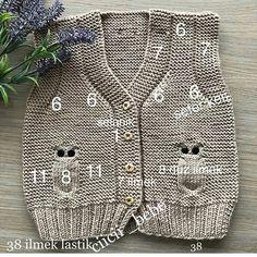 Baby breipatronen ð patterns de tricot de tejer di maglieria modelleri Baby Knitting Patterns, Free Knitting, Crochet Patterns, Crochet For Kids, Crochet Baby, Knit Crochet, Baby Boy Photos, Baby Cardigan, Baby Sweaters