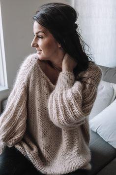 Sweater Knitting Patterns, Cardigan Pattern, Hand Knitting, Jumpsuit Pattern, Bree, Fancy, Mohair Sweater, Sweater Making, Knit Fashion