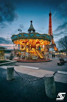 Tour Eiffel et Carrousel de Paris, Paris, France (HDR)