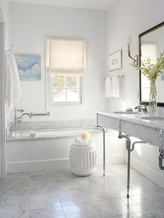 """Must-Know Bathroom Renovation Tips"" via Better Homes and Gardens"