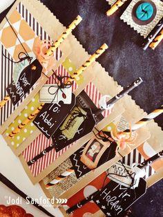 Halloween Goodie Bags by Jodi Sanford Diy Halloween Goodie Bags, Halloween Cards, Holidays Halloween, Fall Halloween, Halloween Ideas, Hello Autumn, Fall Cards, Trick Or Treat, Handmade Crafts