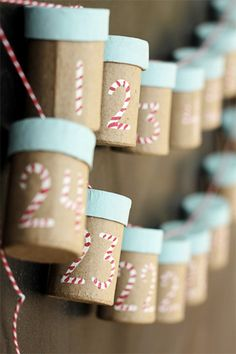 Start saving up cardboard tubes now so you can make this cute Christmas countdown! Lots of other ideas for old cardboard tubes, too :-)