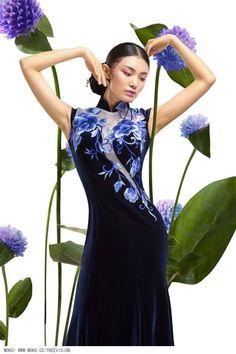 W u X i a Treevision ? Oriental Fashion, Asian Fashion, Fashion Art, Fashion Models, Beautiful Dresses, Nice Dresses, Chinese Clothing, Fashion Photography, Cheongsam