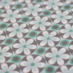 Retro Cotton Mint Daisy 140cm / 54'' wide imported from Holland Our fabrics are priced by the 1/2 metre. For instance if you wish to buy 1 and a 1/2 metres