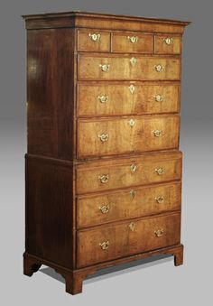 http://www.thakehamfurniture.co.uk/productimages/antique-chest-of-chest-tallboy-2210-1.jpg