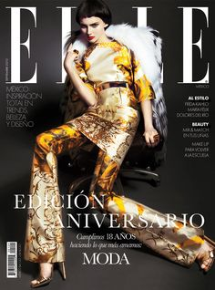Anya Kazakova by Kevin Sinclair for Elle Mexico September 2012 Two Covers V Magazine, Fashion Magazine Cover, Fashion Cover, Magazine Design, Magazine Covers, Model Magazine, Vanity Fair, Nylons, Elle Mexico