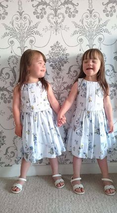 Twins With Down Syndrome Helping to Dispel Misconceptions Precious Children, Beautiful Children, Beautiful Babies, Beautiful People, Down Syndrome Baby, Down Syndrome People, Special Kids, Special People, Happy Together