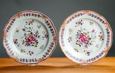 Stunning-Pair-18C-Chinese-Porcelain-Plates-Famille-Rose-Lobbed-No-Hairlines