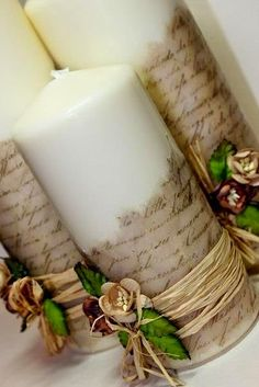 Vintage DIY Candles (not in English but good pictures to go by) Vintage Diy, Diy Candles, Pillar Candles, Rustic Candles, Blue Candles, Sheet Music Crafts, Christmas Crafts, Christmas Decorations, Candle Decorations