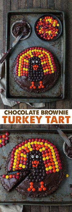 This chocolate brownie turkey tart is a fun Thanksgiving dessert! Ready in 1 hour!