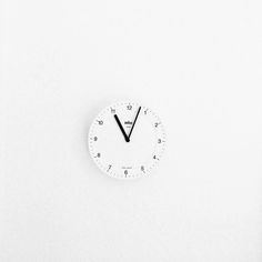 Simple brown wall clock with precision quartz movement. White Feed, All White, Yasmina Reza, The Bright Sessions, The Hating Game, Minimalist Photography, Black And White Aesthetic, Aesthetic Colors, Life Is Strange