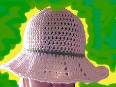 Another fast & easy crocheted summer hat with brim
