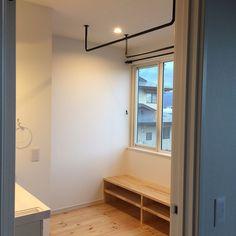 My Shelf/サンルーム/室内物干しのインテリア実例 - 2017-07-03 13:15:25 | RoomClip (ルームクリップ) Muji, Cool Rooms, Laundry Room, Sweet Home, New Homes, Shelves, Cabinet, How To Plan, Architecture