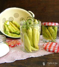 Cogollos de Agua: GUINDILLAS EN VINAGRE Empanadas Recipe, Side Recipes, Kimchi, Celery, Preserves, Vinegar, Pickles, Cucumber, Dips