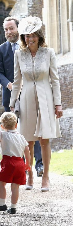 Matriarch Carole has long championed the shade but fashion writer Simon Glazin says Kate should stop borrowing from her mother because it's 'not what Princesses should do'