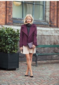 Great fall look for moms.  #colorfulfall #pinparty