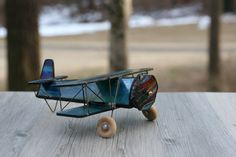 Vintage Stained Glass Airplane Kaleidoscope / by theretrobeehive