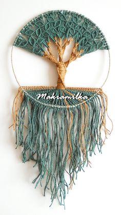 The best Crochet wall hangings Macrame Wall Hanging Diy, Macrame Plant Hangers, Macrame Art, Macrame Projects, Macrame Knots, Macrame Jewelry, Rope Art, Rope Crafts, Macrame Design