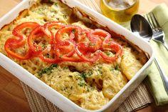 Sprawdzony przepis na Zapiekanka ziemniaczana z pieczarkami i kurczakiem. Wybierz sprawdzony przepis eksperta z wyselekcjonowanej bazy portalu przepisy.pl i ciesz się smakiem doskonałych potraw.