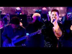 Never been a huge trumpet fan but Chris Botti has won me over with his duets.   Chris Botti & Jill Scott  Good Mornin' Heartache