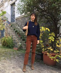 casual date ideas Mode Style, Style Me, Botines Casual, Mode Outfits, Fashion Outfits, Style Parisienne, Look 2018, French Girl Style, French Chic