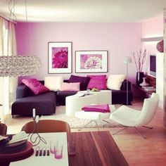 Love the pop of pink. It doesn't overpower the simplicity of the room.
