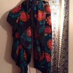 Diane von Furstenberg 100% silk vintage scarf DVF 100% silk scarf! vintage! smoke free home Diane von Furstenberg Accessories Scarves & Wraps