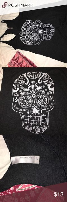 Raceback tank top Super cute candy skull razorback charcoal grey-ish black loose fitted tank top. Fits more like a medium Next level Tops Tank Tops