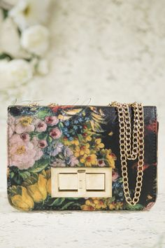 From Paris with Love! - 50s Vintage Flower Clutch