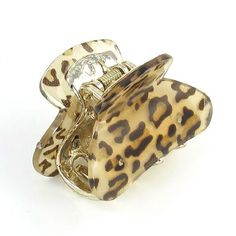 Lady Leopard Print Press Spring Plastic Teeth Hair Clip Claw Clamp Beige >>> Continue to the product at the image link. (This is an affiliate link) Wholesale Hair Accessories, Organizing Hair Accessories, Hair Accessories For Women, Accessories Store, Natural Hair Styles, Short Hair Styles, Hair Claw, Hair Care Tips, Miller Sandal