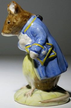 Royal Doulton Gentleman Mouse Made a Bow