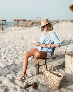 Minimal Chic, Look Con Short, Boater Hat, Outfits With Hats, Chic Outfits, Vacation Outfits, Vacation Style, Belle Photo, Hats For Women
