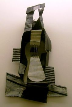 Picasso Guitar, 1924 Sheet metal, paint, wire Collection of the Picasso Museum, Paris Pablo Picasso Sculptures, Cubist Sculpture, Cardboard Sculpture, Cardboard Art, Picasso Cubism, Picasso Paintings, Dali, Modern Art Artists, Picasso And Braque