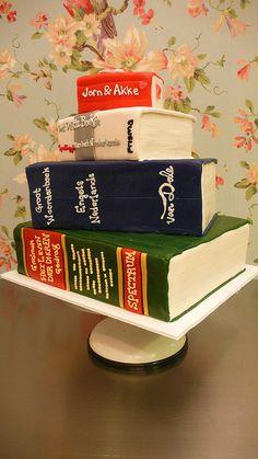 Stack of Books Wedding Cake Wedding Cake Toppers, Wedding Cakes, Book Cakes, Wedding Book, Wedding Ideas, Good Enough To Eat, How To Make Cake, Cake Designs, Amazing Cakes