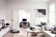 LIVINGROOM - HOME OFFICE: Hanne and Søren Berzant'sturn-of-the-centuryapartment near Copenhagen