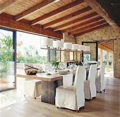 Home Decor; rustic wood and bamboo ceiling of exterior corridor of a Nicaragua house for dinning Outdoor Dining, Dining Area, Dining Room, Indoor Outdoor, Spanish Style Homes, Spanish House, Comedor Office, Interior Design Living Room, Living Spaces
