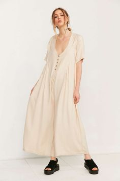 Vetiver Patti Extreme Wide-Leg Jumpsuit - Urban Outfitters