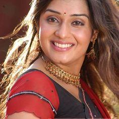 Beautiful Girl Indian, Most Beautiful Indian Actress, Beautiful Saree, Indian Natural Beauty, Natural Women, Aunty In Saree, Grace Beauty, Punjabi Dress, Great Smiles